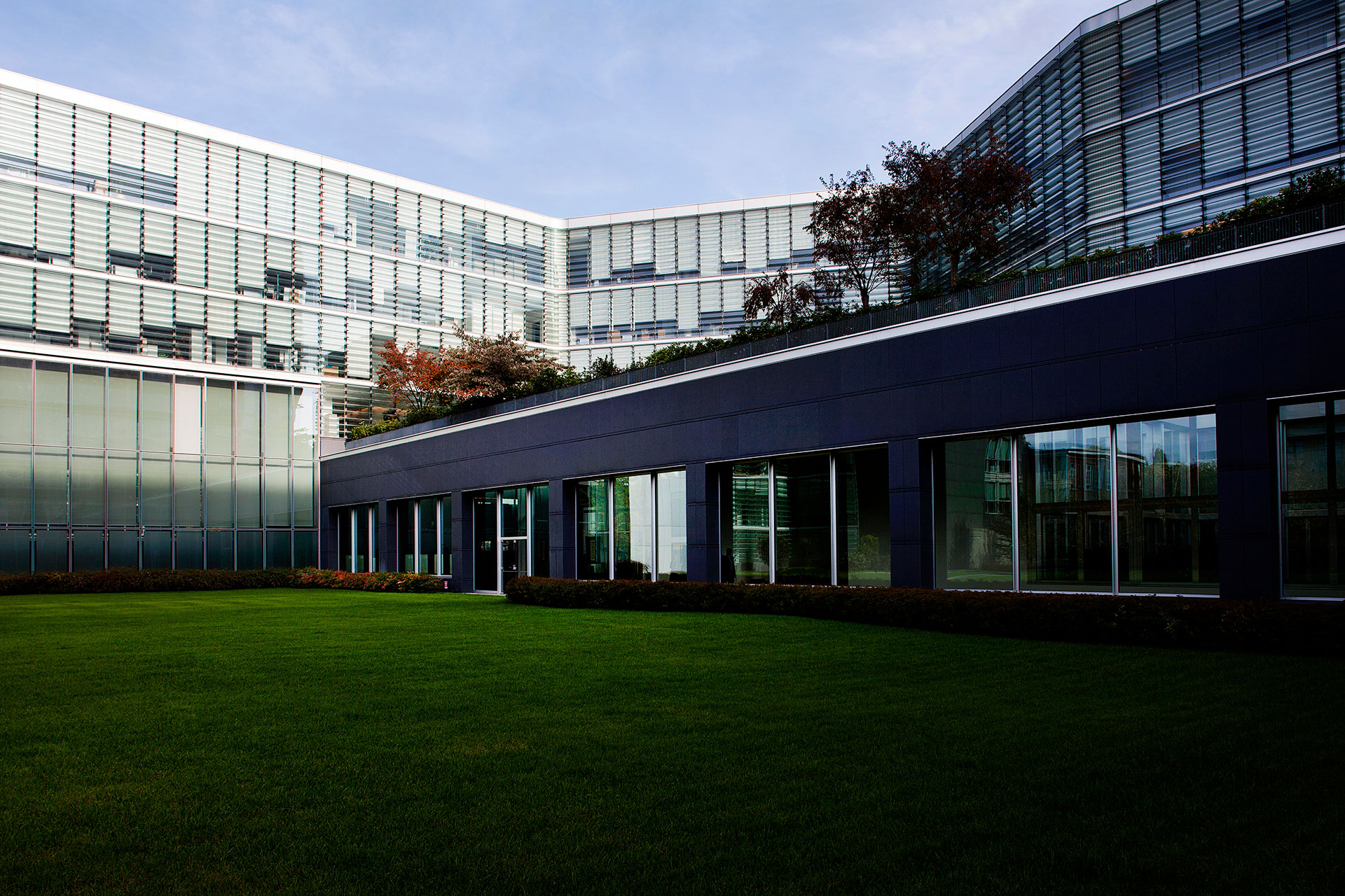 PIRELLI RE – HEADQUARTERS HQ2 6